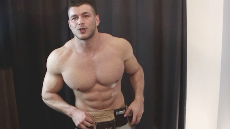 bodybuilder-construction-worker